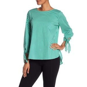 NWOT Vince Camuto Gingham Top Size Small